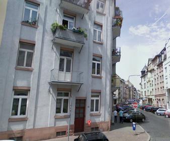 Bild & Link zur Praxis in Frankfurt © Google Street View