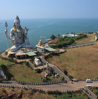 Riesige Shiva Statue