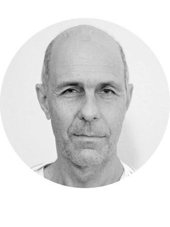 Alex Bernasconi, Achtsamkeitslehrer und Psychologe