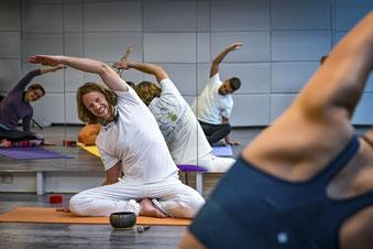Yogaklasse Hatha Yoga Gruppenunterricht