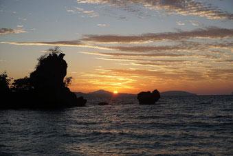 Auch auf anderen Inseln gibt es atemberaubende Sonnenuntergänge