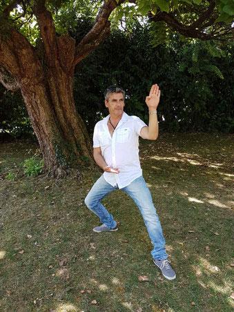 Jeff en shuto sous un : KATA-LPA..à Aix les bains !!