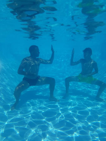 Bruno et Théo en shuto à Cavalaire swimming pool !!