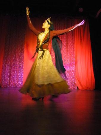 アゼルバイジャンダンス