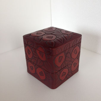 鎌倉彫 重箱 椿