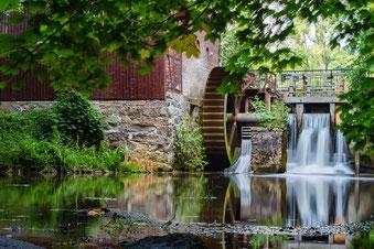 Blick auf die historische Wassermühle in Lünzen