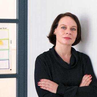 Portrait Karina Mecik, Scrum Master und Projekt Management | Unterschied & Macher
