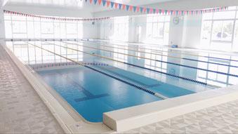 三方原スイミングスクールのマイナスイオン水プール