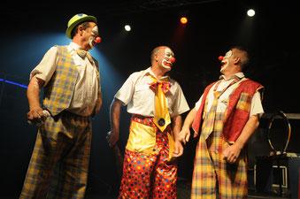 Cliquez sur l'image - Clowns / Ventriloquies