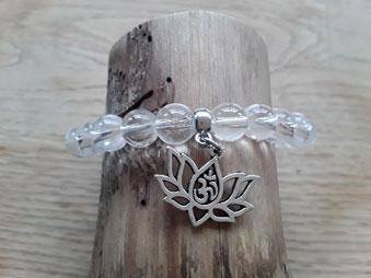 Bergkristall Armband mit Lotusbluete