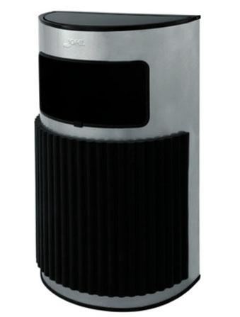 Basurero media luna pequeño Kromo AL83802 Color: Metalizado Dimensiones en milímetros: Alto: 850 Largo: 490 Ancho: 255 Capacidad: 37.5 L / 10 gl Contenido por caja: 1 pieza