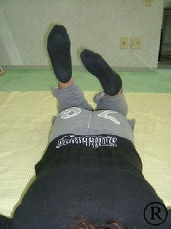しんそう福井武生では、手足のバランスから身体の歪みを調整し、腰痛、膝の痛み、不妊、座骨神経痛なども改善します。