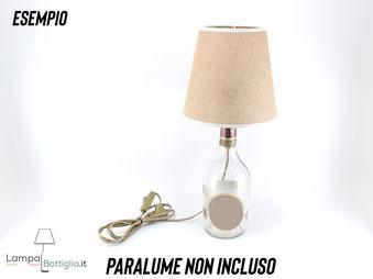 Una lampada bottiglia creata con il nostro kit portalampada e27 oro