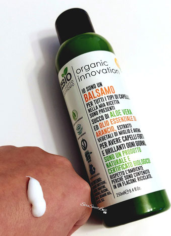 Texture dorso mano Balsamo Ph Bio organic innovation