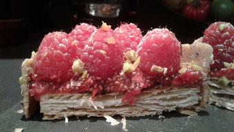 Fraises et framboises en folies à la crème de vinaigre Martin-Pouret