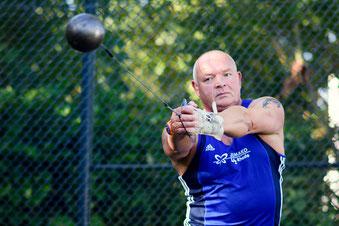 Hans Wewering holte in seiner Altersklasse M55 mit 46,07 Metern den Titel.