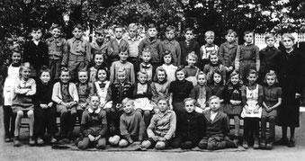 3.Schulklasse Flehingen-Sickingen ca. 1947 mit Lehrerin Frl. Schäfer
