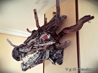 Decoración ecológica, vymcreaciones, vymcreaciones.com, driftwood dragon, maderas flotantes, decoración con palos, driftwood lamp, eco desing, lámpara madera, driftwood art