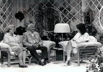 "Rudolf and Leopoldine Gräff in Vera Russwurms television show ""Hallo Fernsehen"" (1985)"
