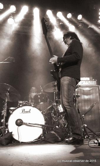 Jorgen Carlsson tritt am Bass in die Fußstapfen des legendären Allen Woody.