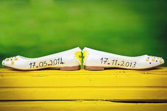 Hochzeitsdatum auf den Brautschuhen