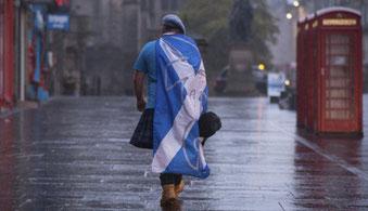 """Escocia se """"despide"""" de una independencia inmediata..."""