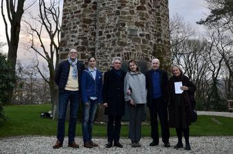 Stadtratsmitglieder besuchten den Humboldt-Turm: (von rechts) Amélie Reinke, Ulrich van Bebber sowie die aktuellen Mandatsträger (links) Jens Huhn und Christina Steinhausen. Klaus Schmidt-Thomé und seine Gattin Bettina (mitte)