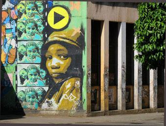 ein direkt schauendes Graffite