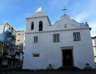 Pfarrkirche von Angra dos Reis - Igreja de Santa Luzia - erbaut 1632
