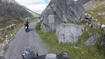 Beschreibung einer Wanderroute – oder Gedenkstein für Herrn Timberland?(zum Vergrößern Bild anklicken)