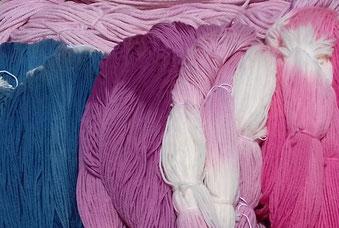 couleur naturelle, teinture textile, laine, soie, magasin de laine, développement durable, mérinos, laine locale, magasin de proximité