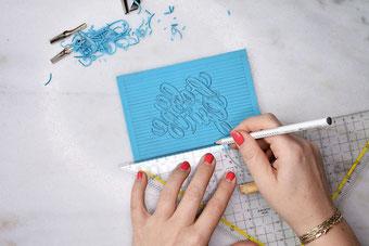 dein eigenes Lettering als Blockprint gestalten (Linolschnitt)
