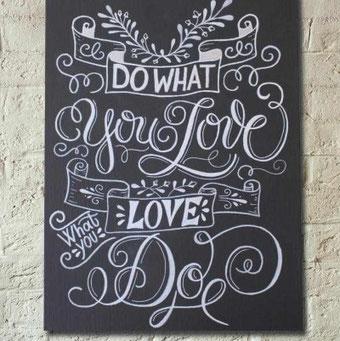 DIY Anleitung für ein Chalk Lettering Bild auf einer Leinwand