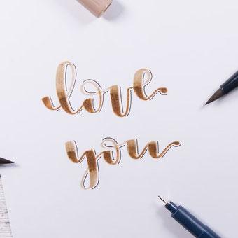 Lettering Technik Blending: Eine Anleitung wie du einen Farbverlauf in dein Lettering bekommst