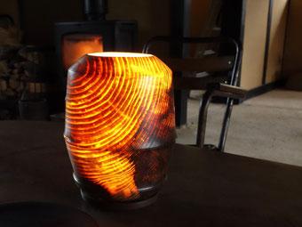 「零れ日 -いきるはて-」 灯り φ170×210 木工芸 アカマツ