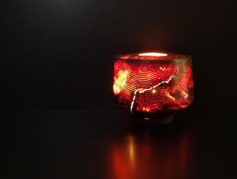 「零れ日 -優と志-」 灯り φ250×230 木工芸 アカマツ