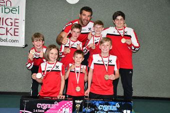RSCI Medaillengewinner mit Trainer Daniel Posch