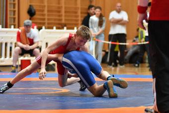 Noah Walder (Rot)  lieferte mit 3 Siegen eine super Leistung ab
