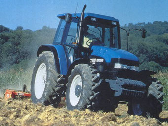 1996: New Holland 8260 (Ford)