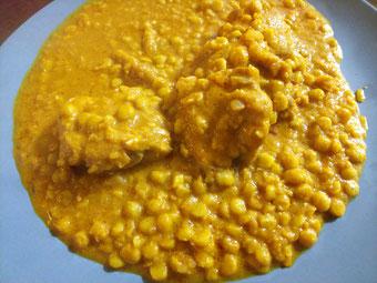 九州産チキンとひよこ豆のスリランカ風煮込み