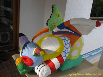 Garten Figur bemalt nach Niki de Saint Phalle