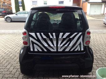 Klebefolie Auto Zebramuster selber machen