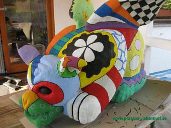 Vorlage nach Niki de Saint Phalle Garten Figur