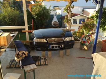 Volvo V 70 Auto Front Motorhaube Schnauze abschneiden als Gartendeko