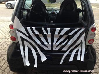 Zebramuster selbst entwerfen bekleben Auto