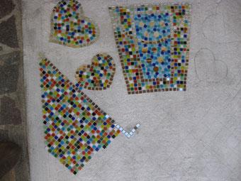 Mosaik Steine setzen selber machen