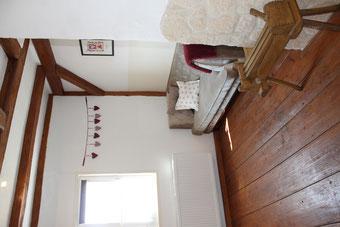 Anitkes Sofa im Schlafbereich