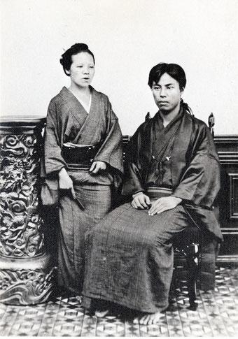 歳太郎と美祢子(明治9年8月浅草奥山の江崎写真館にて)