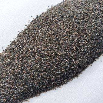 Normalkorund FeSi, Eisenkorund, Aluminiumoxid, Strahlkorund, Korund, Strahlmittel, Strahlmittelshop, Sandstrahlmittel, mineralisch, braun