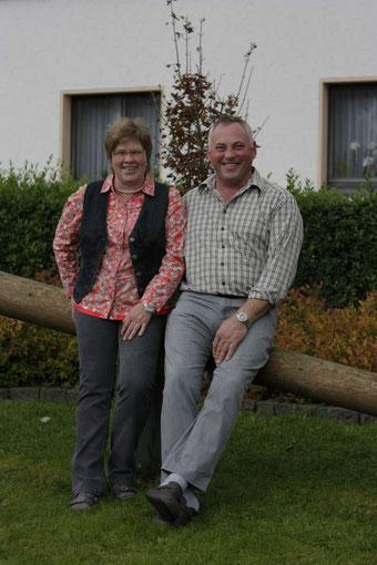 Ihre Gastgeber: Monika + Reiner Breuer